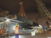 Prefeitura de São Bernardo instala última viga do viaduto sobre a Praça dos Bombeiros