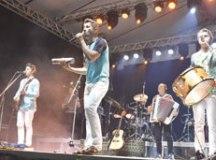 """Banda tocará sucessos como """"Colo de Menina"""", """"Estrela do Meu Ser"""", e """"Anjo do Céu"""". Foto: Divulgação"""