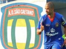 Perto de estreia, Sandoval vê Azulão 'amadurecendo' para encarar Copa Paulista