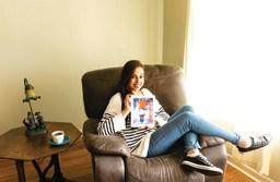 """""""Muitos estão presos à necessidade de aparentar estar bem o tempo todo"""", diz a autora Leiri Jasicki. Foto: Divulgação"""
