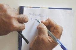 Quanto mais velho o grupo populacional, maior a proporção de analfabetos. Foto: Agência Brasil