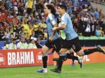 Cavani faz o gol da seleção celeste, que vai encarar o Peru nas quartas de final; Chile terá a Colômbia pela frente. Foto: Divulgação/AUF