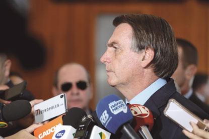 Governo quer agora limitar saque  do FGTS a R$ 500 por conta neste ano
