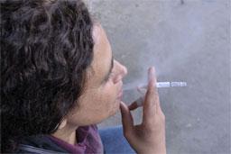 Com redução de 40% no número de fumantes, Brasil alcança metas da OMS