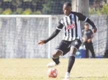 Volante Bruno comemora golaço e destaca evolução do EC S.Bernardo na Copa Paulista