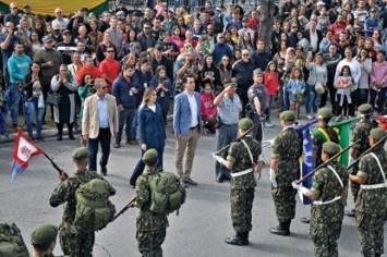 Desfile de 7 de setembro reúne 7 mil pessoas em Santo André