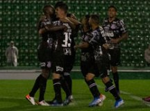 Corinthians supera lanterna e vence terceira seguida no Brasileirão