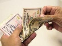 Banco Central propõe regulamento para que brasileiro tenha conta em dólares