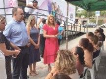 Carla Morando leva carreta do Mulheres de Peito a R.Pires