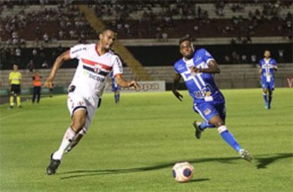 Água Santa sai na frente, mas fica no empate com o Botafogo
