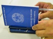 Um milhão já teve contrato suspenso ou salário e jornada cortados, diz governo