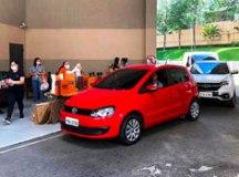 Shoppings do ABC entregam produtos em sistema 'drive thru'