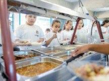 S.Bernardo vai oferecer auxílio-alimentação a 82 mil alunos