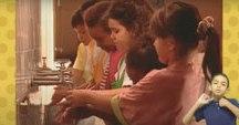 Garoto ensina na TV Cultura o sucesso Lavar as Mãos em Libras
