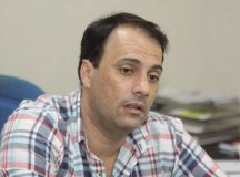 Atila Jacomussi é alvo de operação do Gaeco por suspeitas de irregularidades em hospital de campanha
