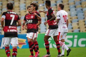 no retorno do primeiro estadual do país, Flamengo vence Bangu
