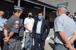 Orlando Morando visitou nesta segunda-feira (10/08) prédio que acomodará efetivo de 1.200 policiais; administração investiu R$ 330 mil na reforma. Foto: Omar Matsumoto/PMSBC