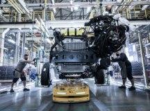 Mercedes-Benz inaugura linha de produção de ônibus após investimento de R$ 107 mi