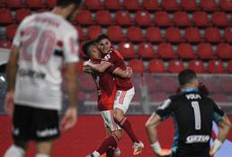 São Paulo perde para o River Plate e está eliminado da Libertadores