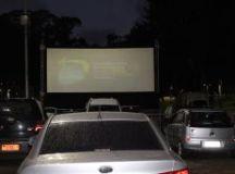 O Cine Drive em Diadema têm vagas para cerca de 40 carros. A entrada é pela Avenida Alda e o número de pessoas, por automóvel segue a capacidade de cada modelo.Foto: Cleide Carvalho especial para o DR