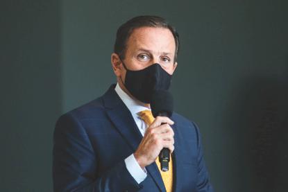 """Doria: """"Não há hipótese de o governo de São Paulo e eu, como governador, aceitarmos qualquer colocação postergatória, do Ministério da Saúde ou da Anvisa, para não iniciar a vacinação o mais rapidamente possível"""". Foto: Governo de SP"""