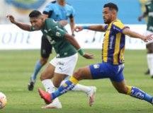 Desfalcado, Palmeiras bate Delfín e encaminha vaga às quartas da Libertadores