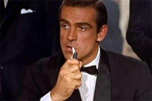 Sean Connery, intérprete de James Bond, morre aos 90 anos