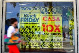 Lojas físicas cederam espaço ao ecommerce na edição deste ano. Foto: Agência Brasil
