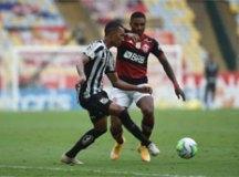 Com cabeça na Libertadores e meninos em campo, Santos é goleado pelo Flamengo