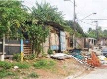 Prefeitura removeu 71 garagens, quatro pontos comerciais e uma moradia recente. Foto: Gabriel Inamine/PMSBC