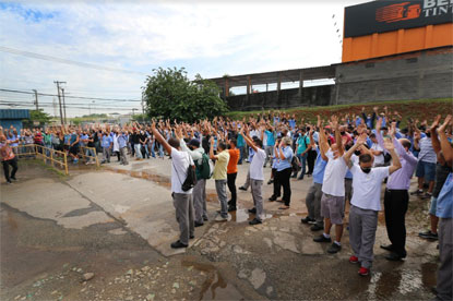 Após anúncio de demissões, Arteb paralisa produção em São Bernardo