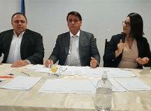 Bolsonaro pede 'calma' a quem acusa o governo de estar atrasado na vacinação. Foto: Reprodução Facebook