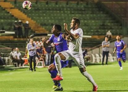 Em dérbi ruim, Santo André e São Caetano empatam sem gols no Canindé