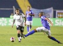 Em jogo ruim e de pouco futebol, Corinthians derrota o São Caetano