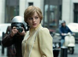 """""""The Crown"""" encerrou a noite abarrotado de prêmios: melhor série de drama, atriz (Emma Corrin), ator (Josh O'Connor) e atriz coadjuvante Gillian Anderson). Foto: Reprodução"""