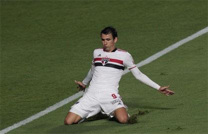 São Paulo bate Rentistas por 2 a 0 e soma 8ª vitória seguida