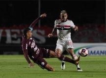 São Paulo supera a Ferroviária e encara Mirassol na semifinal do Paulistão
