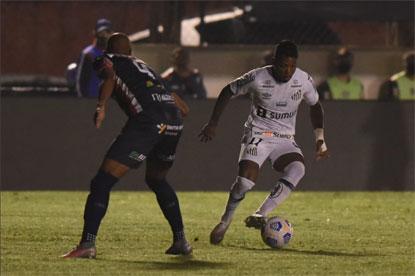Santos bate Cianorte e abre vantagem por vaga nas oitavas da Copa do Brasil