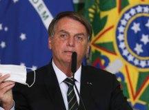 """Bolsonaro: """"(Queiroga) vai ultimar um parecer visando a desobrigar o uso de máscaras por parte daqueles que estejam vacinados ou que já foram contaminados"""". Foto: Fábio Rodrigues Pozzebom/Agência Brasil"""