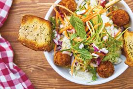 Rotinas alimentares muito restritivas não são recomendadas e, em alguns casos, podem levar a outras implicações. Foto: Engin Akyurt/Pixabay