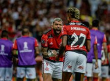 Bruno Henrique resolve no 1º tempo, Flamengo bate Barcelona e abre vantagem em semi