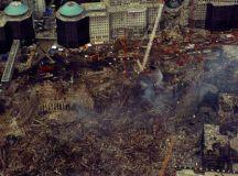 Quando uma das duas torres do World Trade Center foi atingida por um avião com 92 pessoas a bordo, toda a imprensa mundial interrompeu o que estava fazendo e voltou suas atenções para Nova York. Foto: USCG/Brandon Brewer/Fotos Públicas
