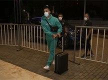 Douglas Luiz chega a Barranquilla e seleção fica completa para encarar a Colômbia