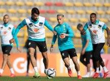 Tite corta Casemiro da seleção brasileira e convoca Douglas Luiz, do Aston Villa