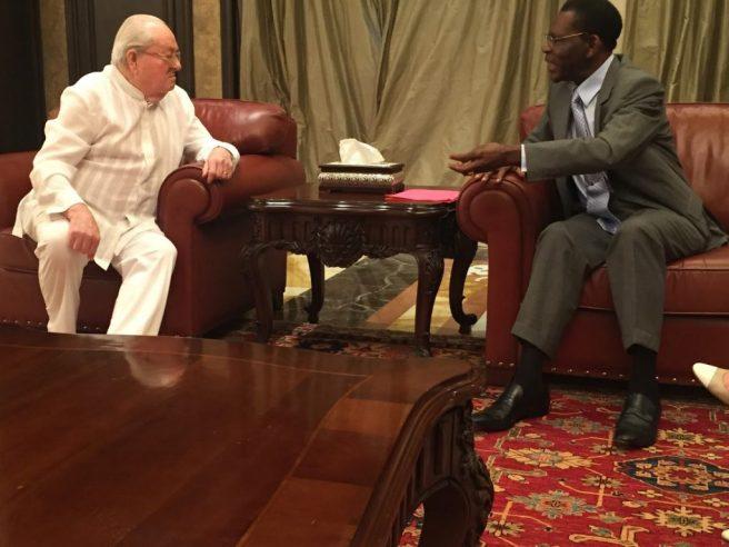 El fascista Jean Marie Lepen y Teodoro Obiang Nguema