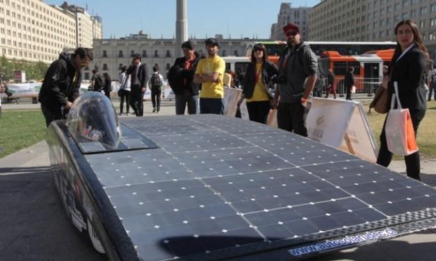 Lanzan Carrera Solar Atacama en La Moneda