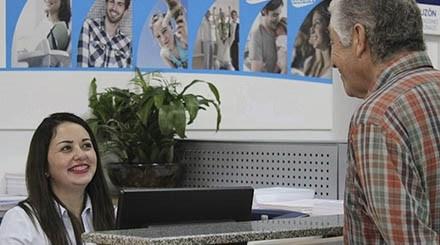 Sueldo bruto de gerentes generales en pymes chilenas promedia $9 millones mensuales