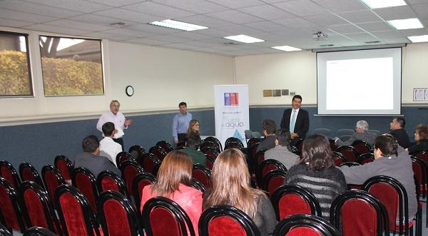 En Quillota se desarrolla primer taller de difusión de ERNC y Microcentrales Hidroeléctricas para agricultores