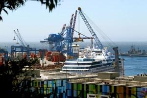"""Puerto Valparaíso fue escogido como """"mejor puerto de cruceros"""" en los Travel Awards"""