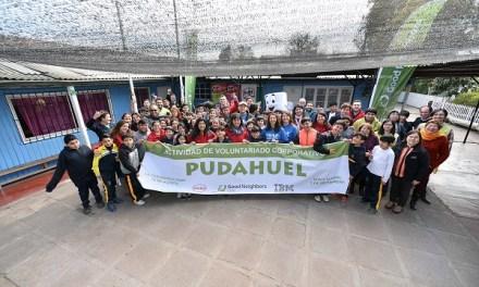 Good Neighbors, Henkel e IBM realizan charlas motivacionales a alumnos vulnerables en escuela de Pudahuel